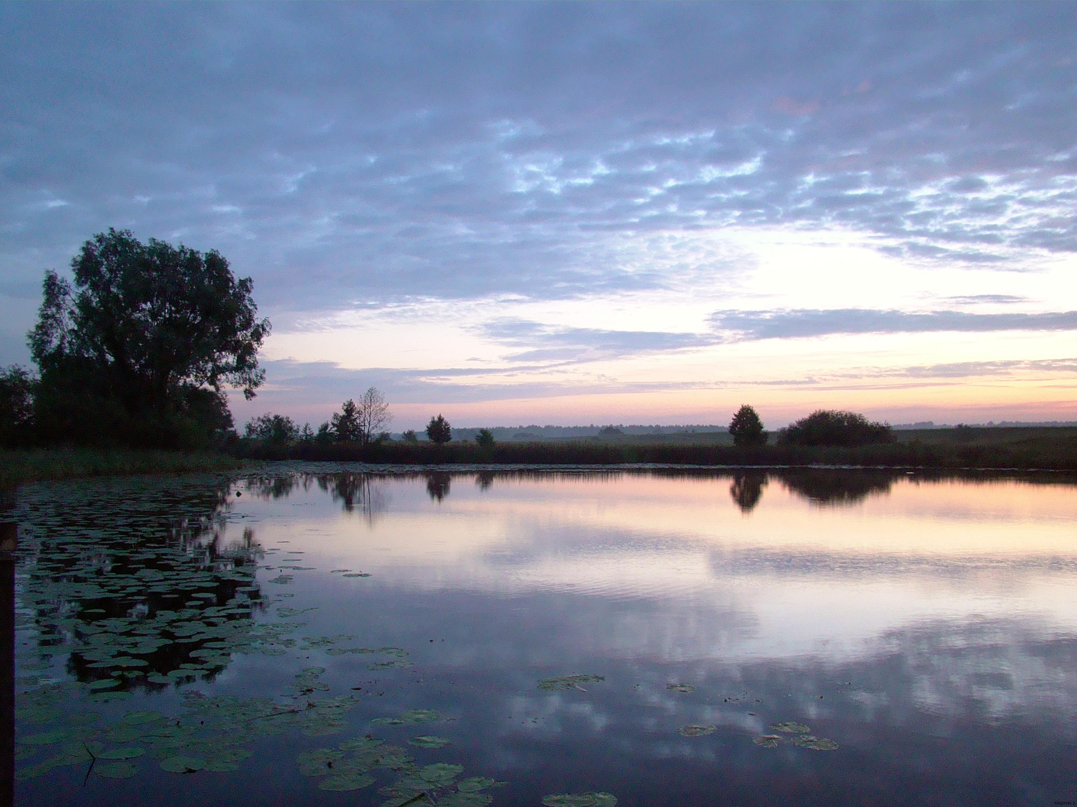 kiełpiniec jezioro, wschód słońca