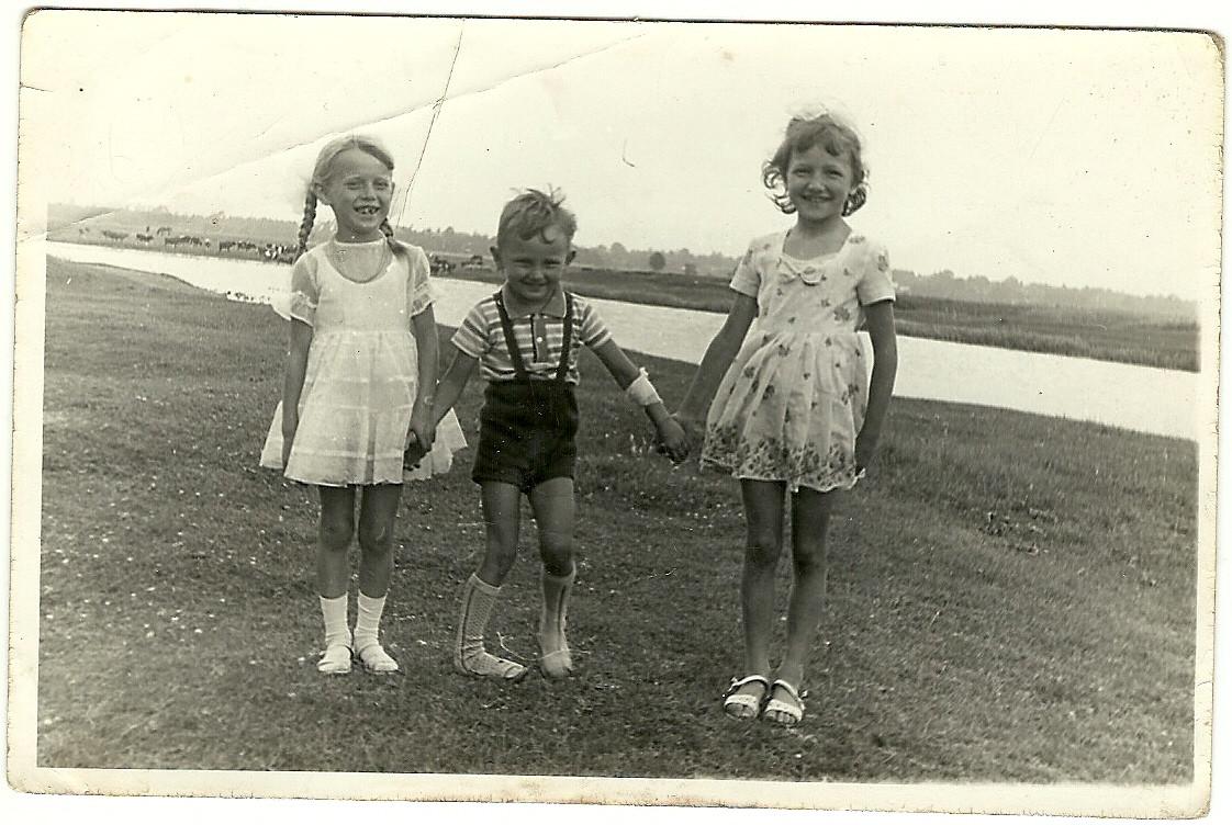 nad jeziorem w kielpincu w latach 60