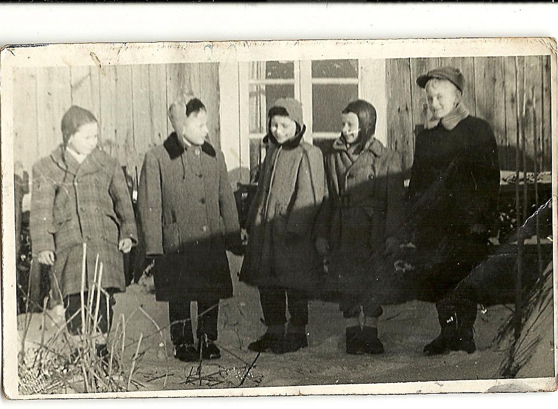 kolędnicy w Kiełpińcu, rok 1963