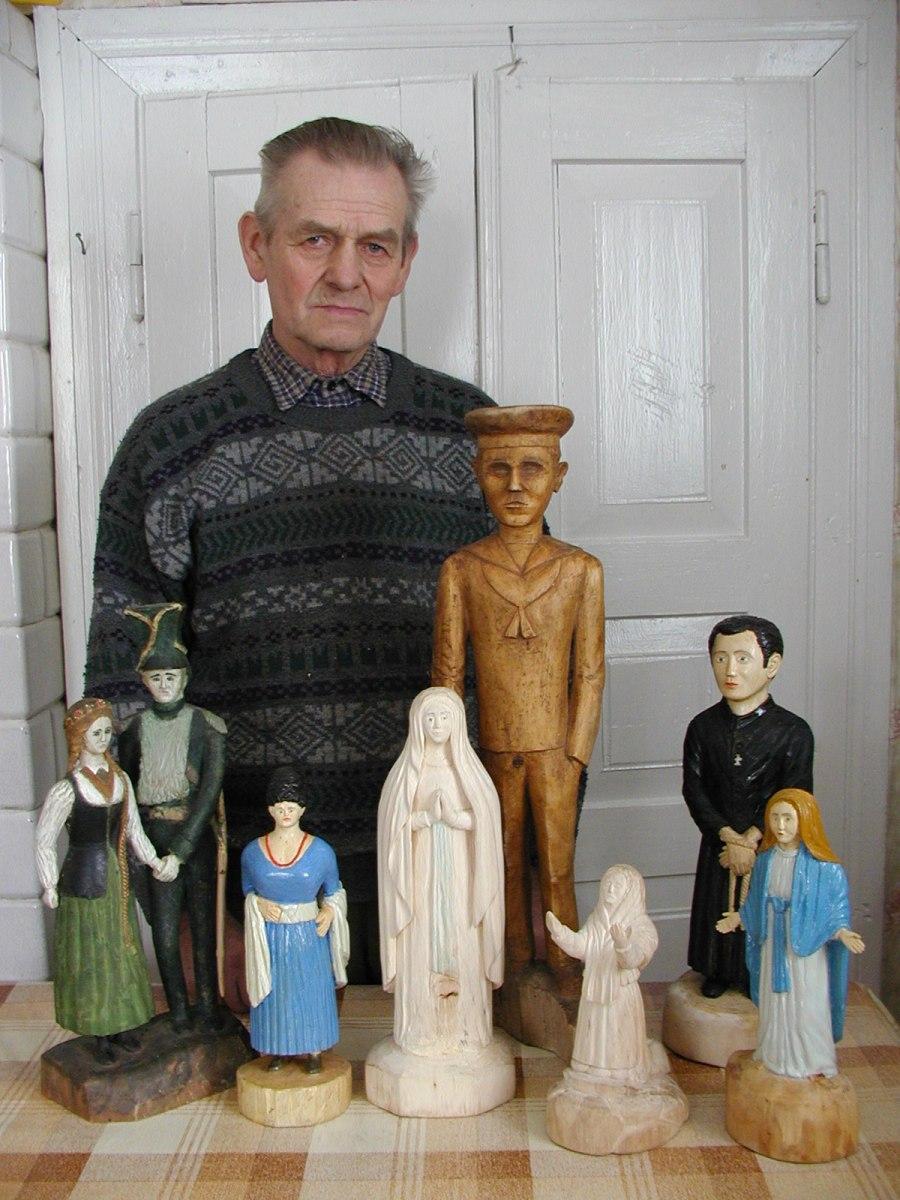 Rzeźby Bronisława Uszyńskiego