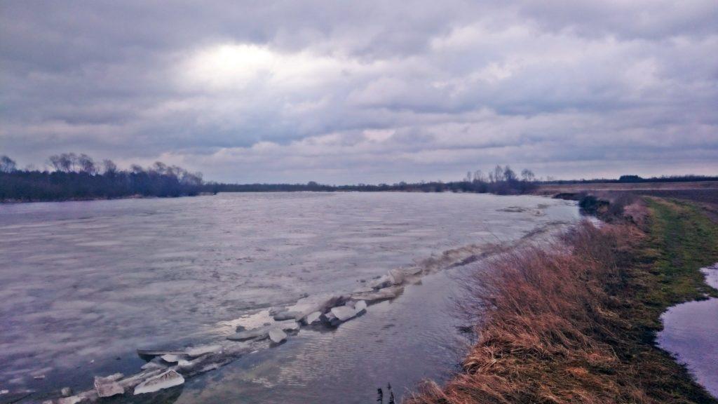 luty 2017 poziom wody bugu