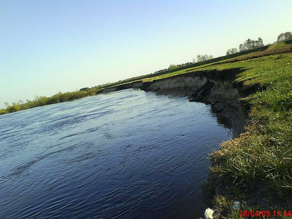 kwiecien 2009 rzeka bug