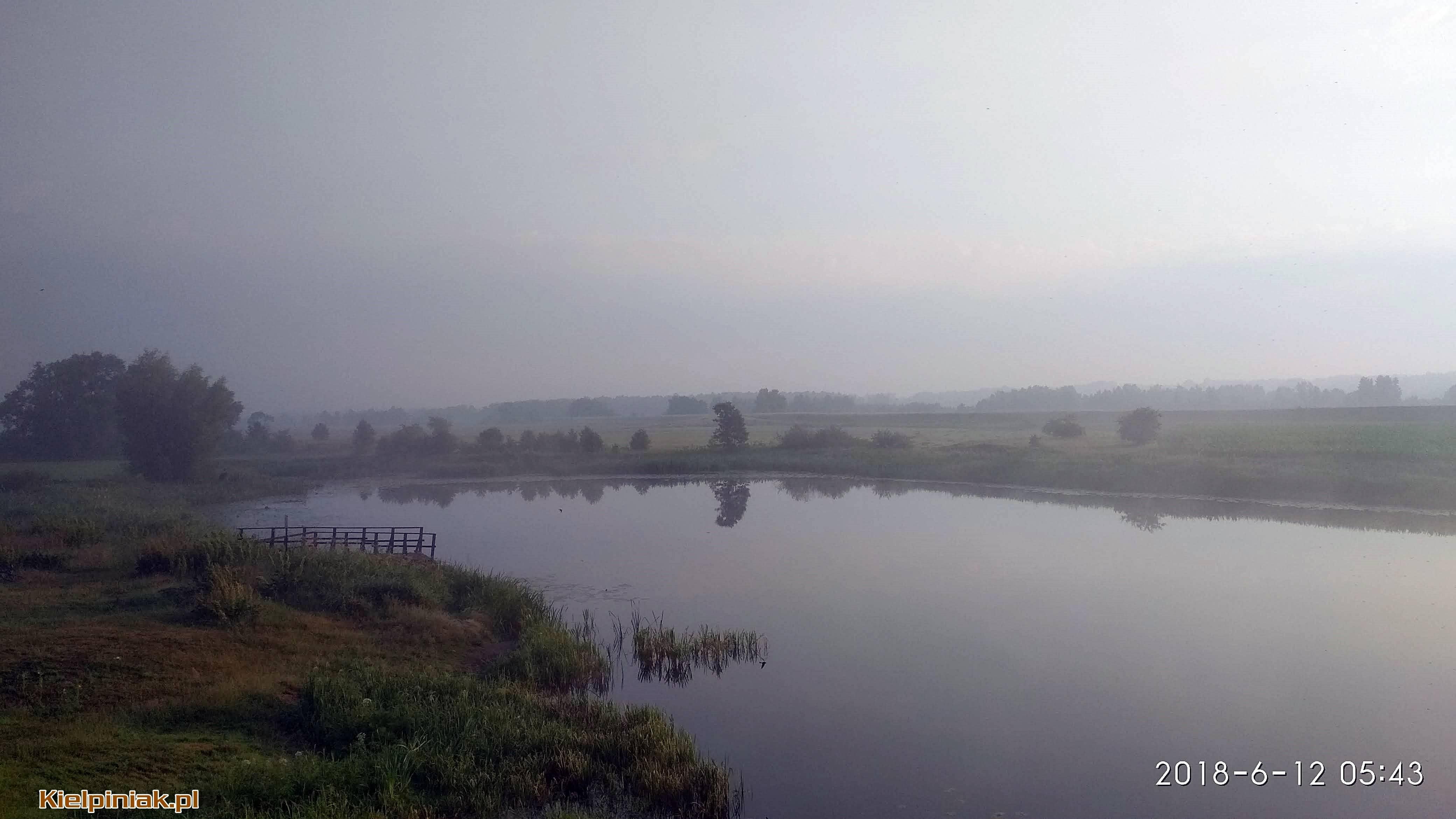 NPK, jezioro w Kiełpińcu, wschód słońca, mgła nad jeziorem 3