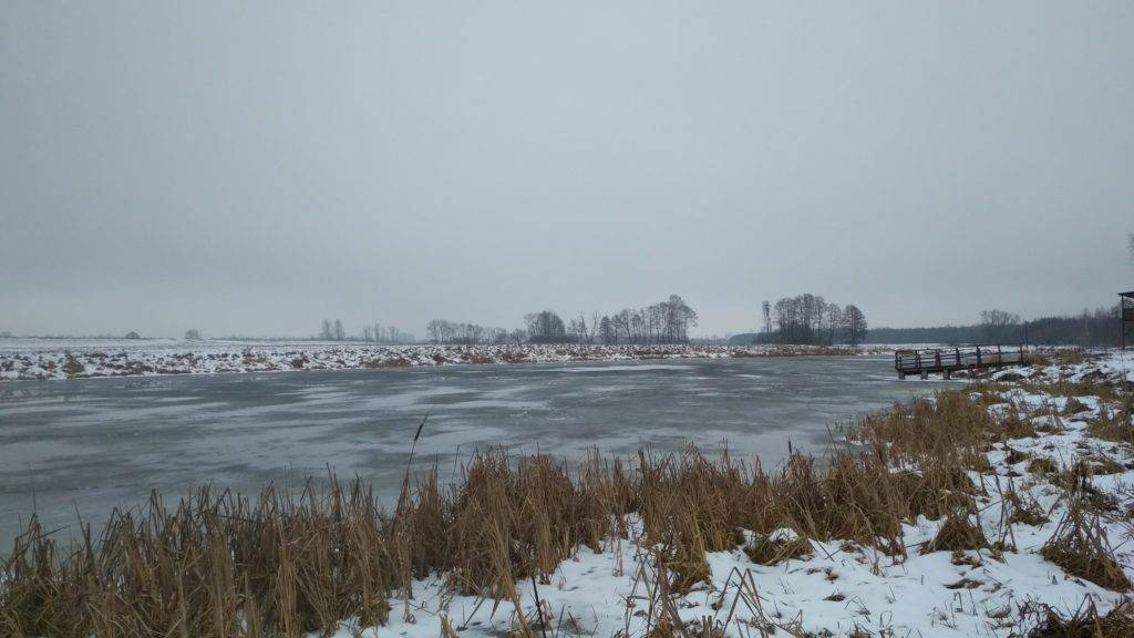 jezioro w kiełpińcu zimą 2019