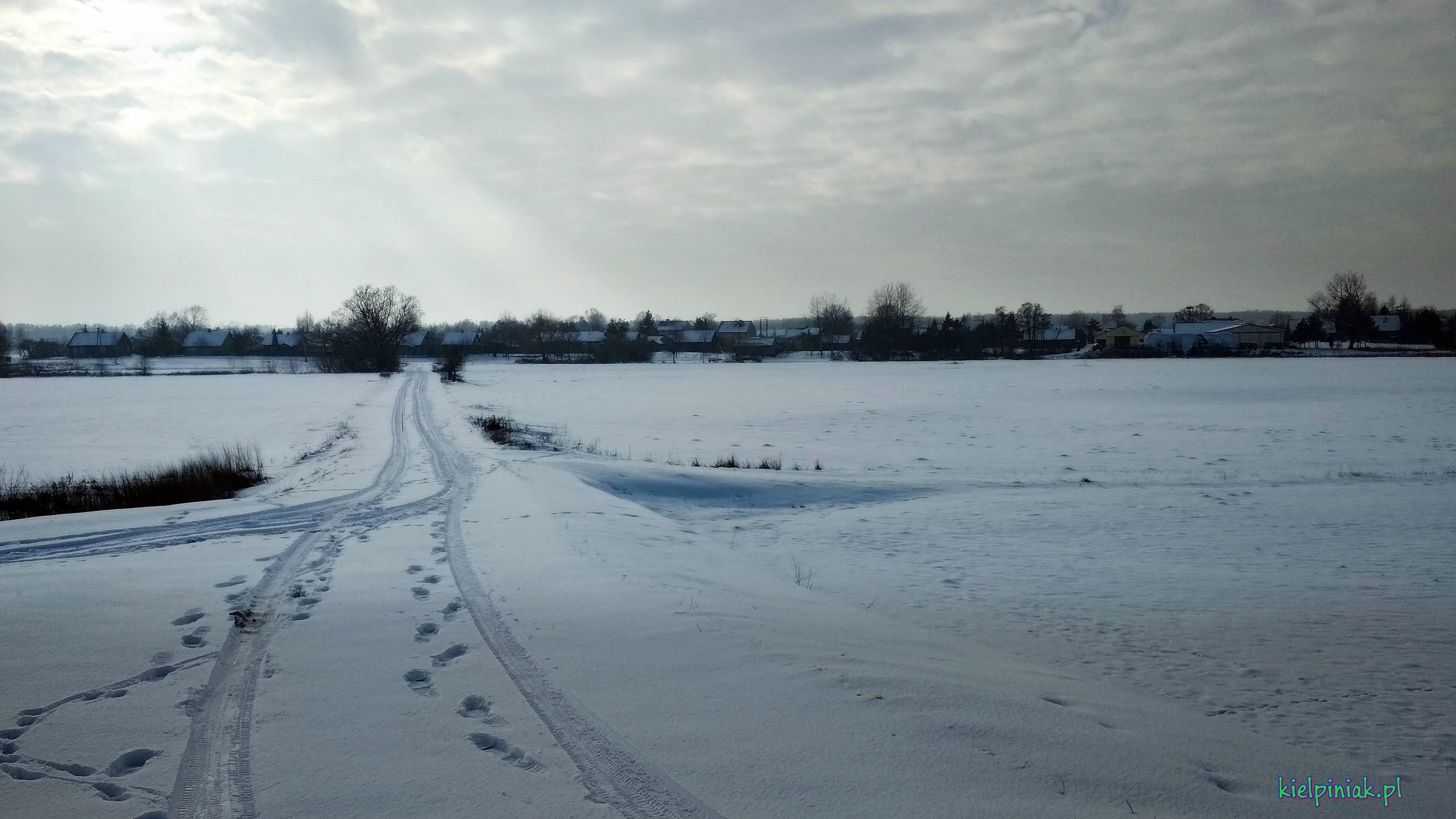 wieś zimą, styczeń 2019