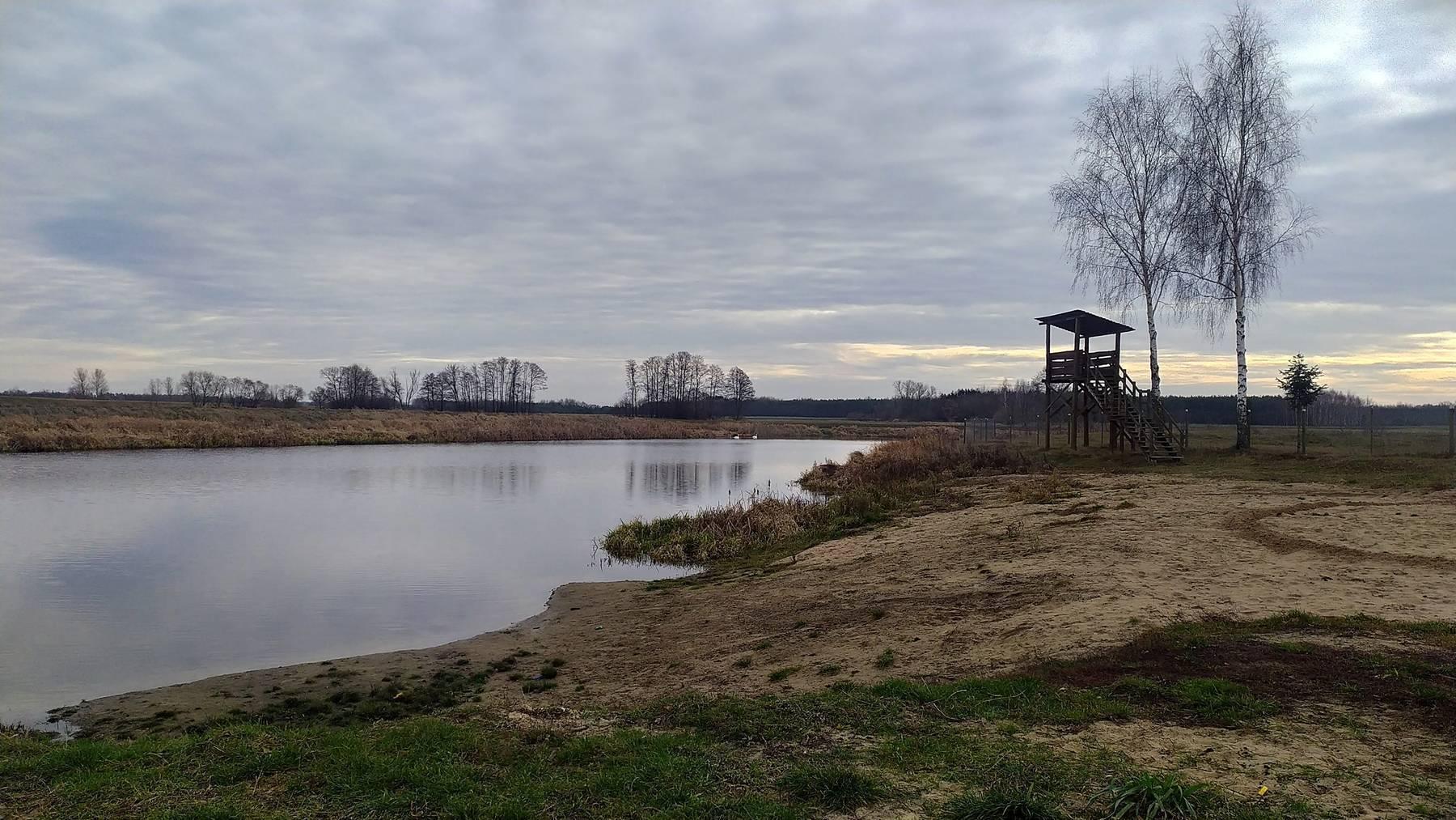 jezioro w kiełpińcu grudzień 2019