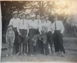 Julian Tymuszewski moj dziadek pierwszy po lewej- napisał Artur