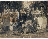 zdjęcie klasowe z okolic Kiełpińca, zdjęcie z lat 20-ych.Wlewym dolnym rogu S.Kulesza