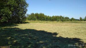 W cieniu nad Bugiem przy świeżo skoszonej trawie w kiełpińcu